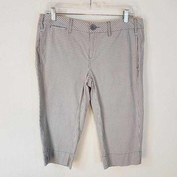 Anthropologie Pants - Anthropologie Paper Boy 8 Bermuda Shorts Gray Chk